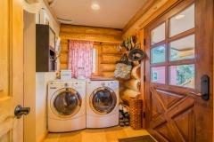 25_Palomar Log Cabin-177-HDR_20170225
