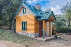 60_Palomar Log Cabin-332-HDR_20170225