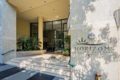 01_Horizons Residence 502-25-2-HDR_20160729